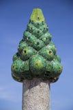 绿色Gaudi烟囱 免版税库存照片