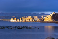 黄色Mountain湖鲍威尔 免版税库存照片