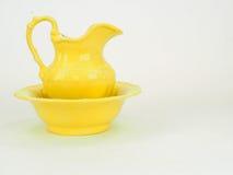 黄色picher 免版税库存图片