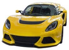 黄色supercar孤立 免版税库存照片