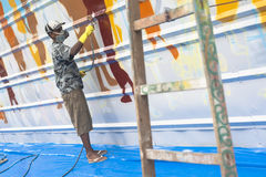 艺术五颜六色的包括的街道画街道墙壁 免版税库存图片