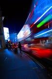 艺术伦敦夜城市交通 免版税库存照片