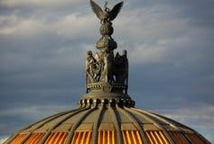 艺术博物馆在墨西哥城帕拉西奥台尔Belles阿特斯雕象的 免版税库存照片