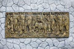 艺术古铜色大象 免版税库存照片