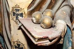艺术品细节关闭古老雕象在艺术家演播室 库存照片