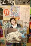 艺术学校毕业的青春期前的英俊的男孩 库存照片