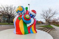 艺术家妮基・桑法勒的纳纳雕塑在汉诺威,德国 库存照片