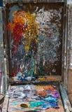 艺术家杂乱色板显示箱子 库存图片