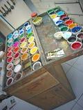 艺术家配件箱颜色分集油漆 库存图片