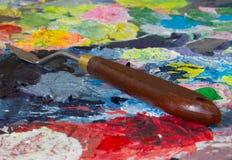 艺术工具箱:调色刀 免版税库存图片