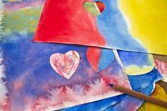 艺术性的手拉的抽象湿水彩背景、waldorf五颜六色的模板和铅笔的照片 图画教训  免版税库存照片