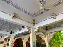 艺术性的装饰的和传统建筑学在乌代浦,拉贾斯坦,印度 图库摄影
