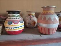 艺术性的earthern罐 库存照片