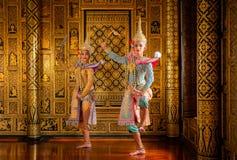艺术文化在被掩没的khon的泰国跳舞在文学ramayana,泰国古典猴子掩没了,Khon,泰国 免版税库存照片