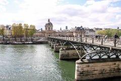 艺术桥桥梁,巴黎,法国 免版税图库摄影