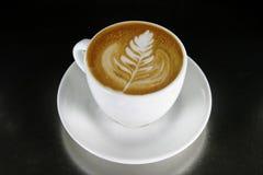 艺术热奶咖啡latte 图库摄影