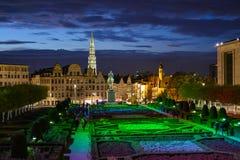艺术的登上的晚上视图在布鲁塞尔,比利时 免版税库存图片