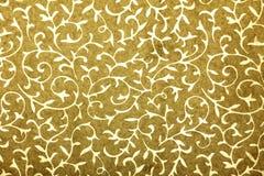 艺术花卉金黄手工纸模式 免版税库存图片