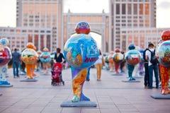 艺术-设施,象征世界的国家 阿斯塔纳 卡扎克斯坦 库存照片
