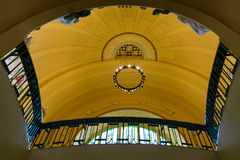 艺术Nouveau样式的圆顶在主要火车站的 免版税图库摄影