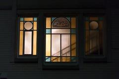 艺术nouveau法国词jugendstil在11月的德国窗口里 免版税库存照片