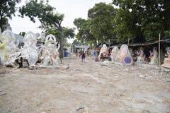 艾哈迈达巴德:Ganesha Charturthi节日的准备 免版税图库摄影