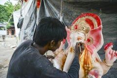 艾哈迈达巴德:Ganesha Charturthi节日的准备 库存图片