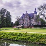 艾恩德霍芬城堡早晨奔跑 库存照片