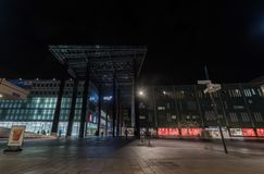 艾恩德霍芬, NETHERLAND - 2017年10月17日:艾恩德霍芬夜都市风景 商城 免版税图库摄影