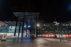 艾恩德霍芬, NETHERLAND - 2017年10月17日:艾恩德霍芬夜都市风景 商城 库存图片