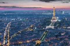 艾菲尔铁塔光表现展示在巴黎,法国 图库摄影
