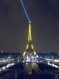 艾菲尔铁塔在晚上4881,巴黎,法国, 2012年 免版税库存照片
