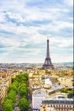 艾菲尔铁塔地标,从凯旋门的看法 法国巴黎 免版税库存照片