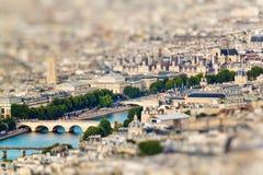 从艾菲尔铁塔的顶端风景看法 法国巴黎 库存图片