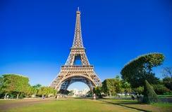 艾菲尔铁塔美妙的看法从一个的  免版税图库摄影