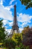 艾菲尔铁塔,自然框架 库存图片