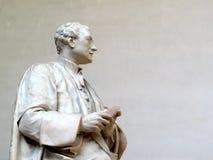 艾萨克・牛顿先生雕象 库存照片