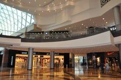 节日中心江边在迪拜,阿拉伯联合酋长国 免版税图库摄影