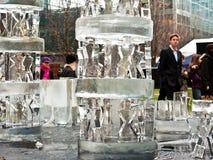 节日冰伦敦雕塑 免版税库存图片