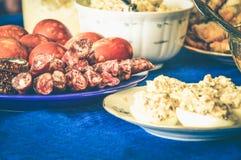 节日晚会宴餐肉饥饿美味 免版税图库摄影