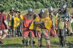 节日的参加者在历史的中世纪衣裳的 图库摄影