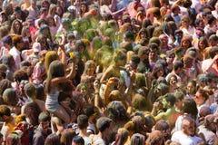 节日de los colores Holi在巴塞罗那 免版税库存照片