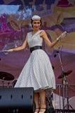 节日Retrofest。 1950th时装表演 免版税库存照片