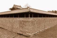 节欲干燥护城河宫殿 库存图片