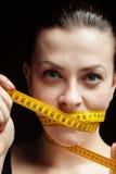 节食女孩 免版税库存图片