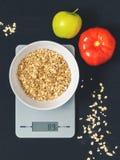 节食概念,适当的营养,健康吃 免版税图库摄影