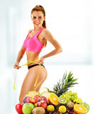节食 根据未加工的有机食品的平衡饮食 库存图片