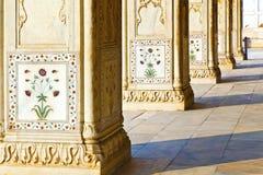 细节,在大理石的被镶嵌的花 免版税库存图片