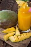 芒果汁 库存照片
