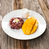 芒果用黏米饭,泰国的传统点心 库存照片